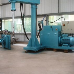 37 kW Eiger Torrance Hydraulic Raise Lower Sawtooth Mixer