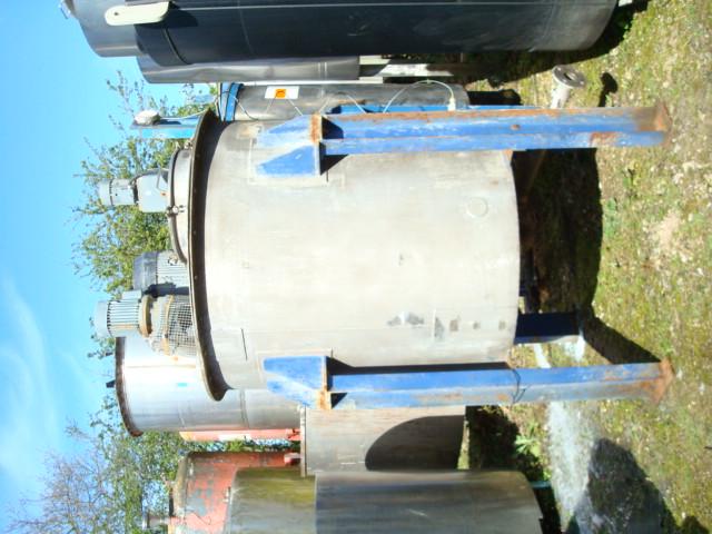 cone bottom heated tank